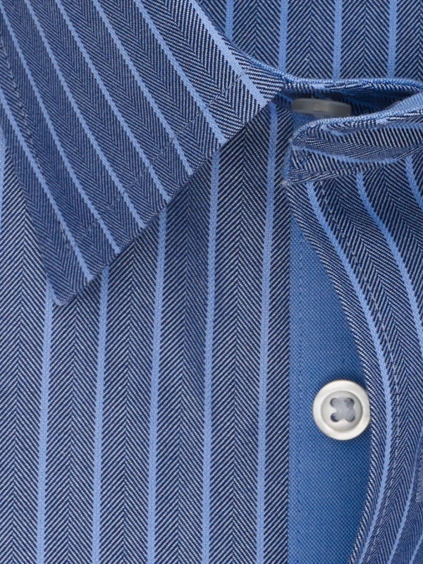 Impeccable Non-Iron Cotton Herringbone Dress Shirt with Contrast Trim