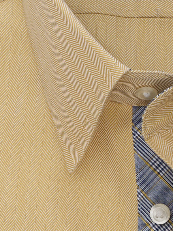 Tailored Fit Non-Iron Cotton Herringbone Dress Shirt with Contrast Trim