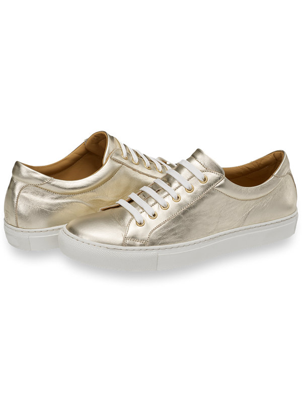 Saint Sneaker
