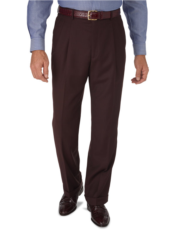 Classic Fit Sharkskin Pleated Pant